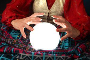 fortune teller 5680589_ml