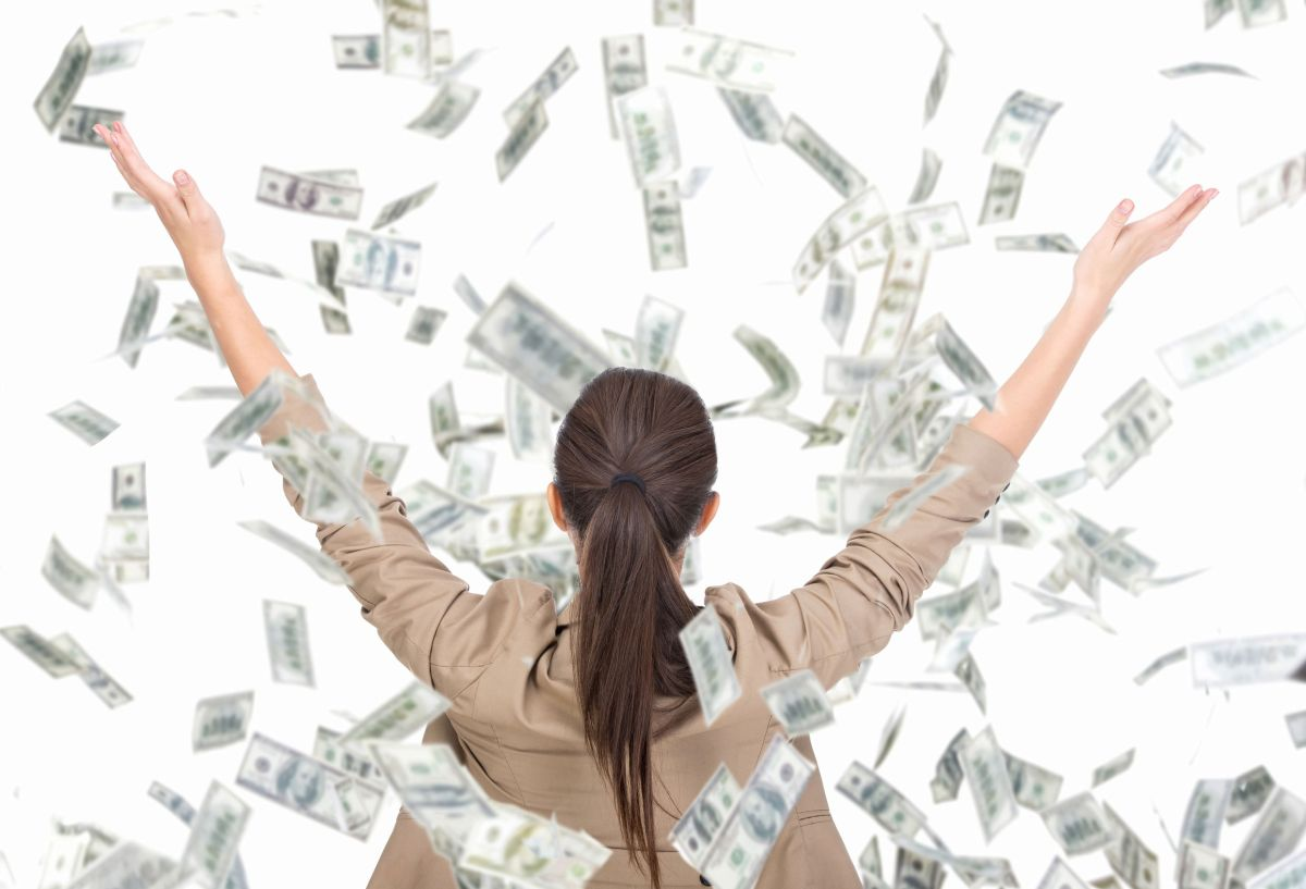 8 Ways Companies Win $250,000 in Federal Contracts